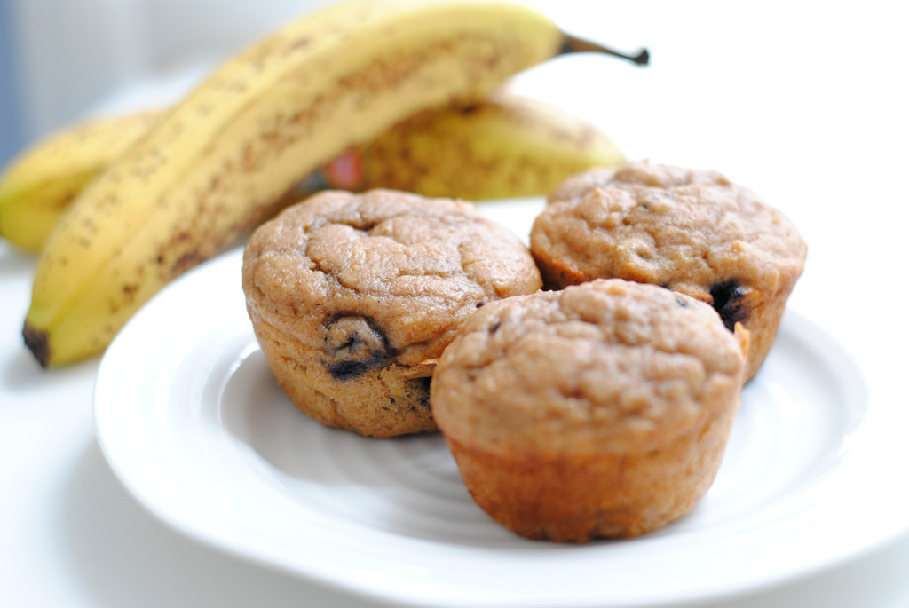 Skinng-whole-wheat-banana-blueberry-muffins