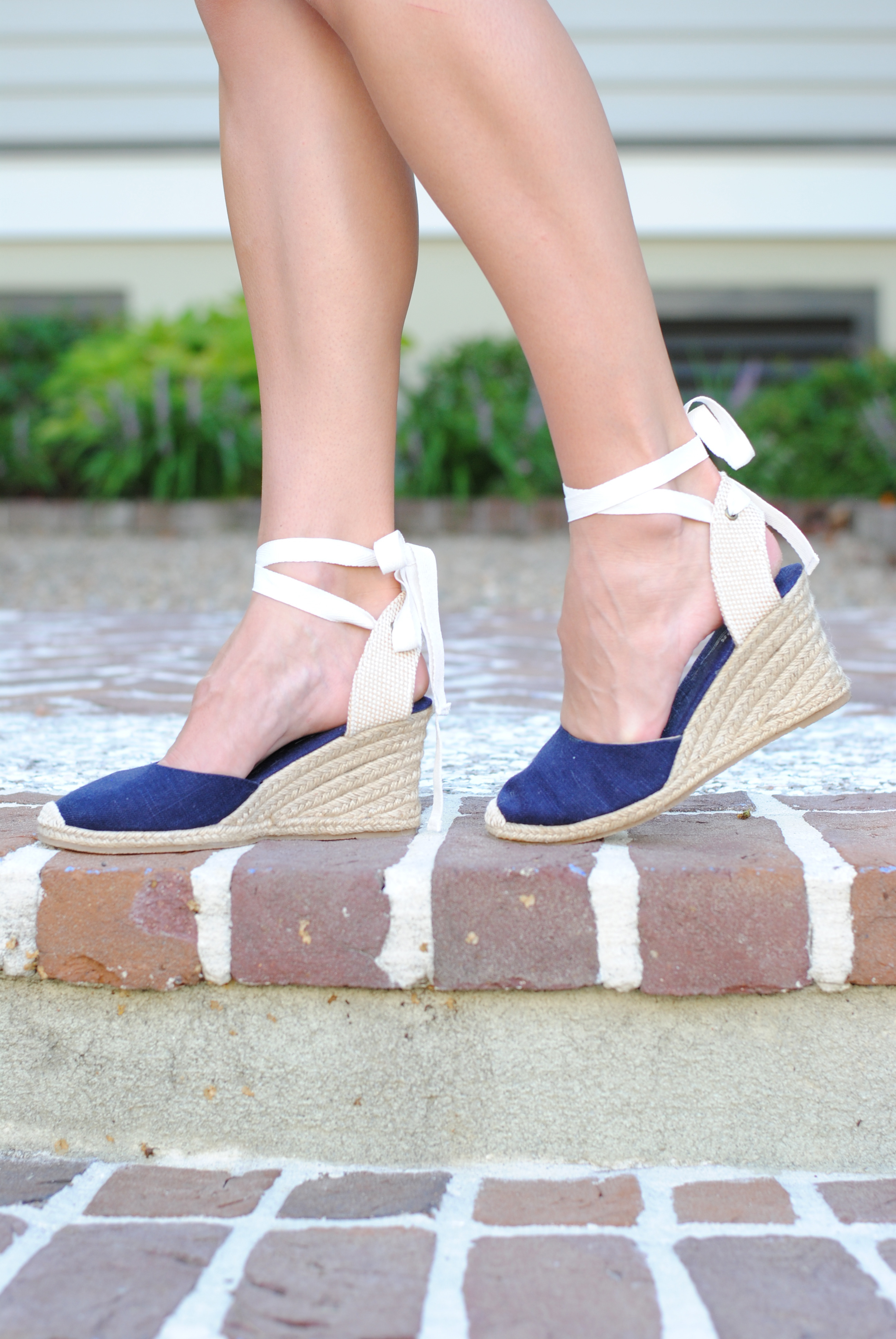 3e43aa3ccdc2 soludos lace up heels