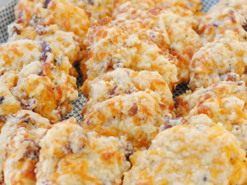 Bacon Cheddar Crackers Appetizers