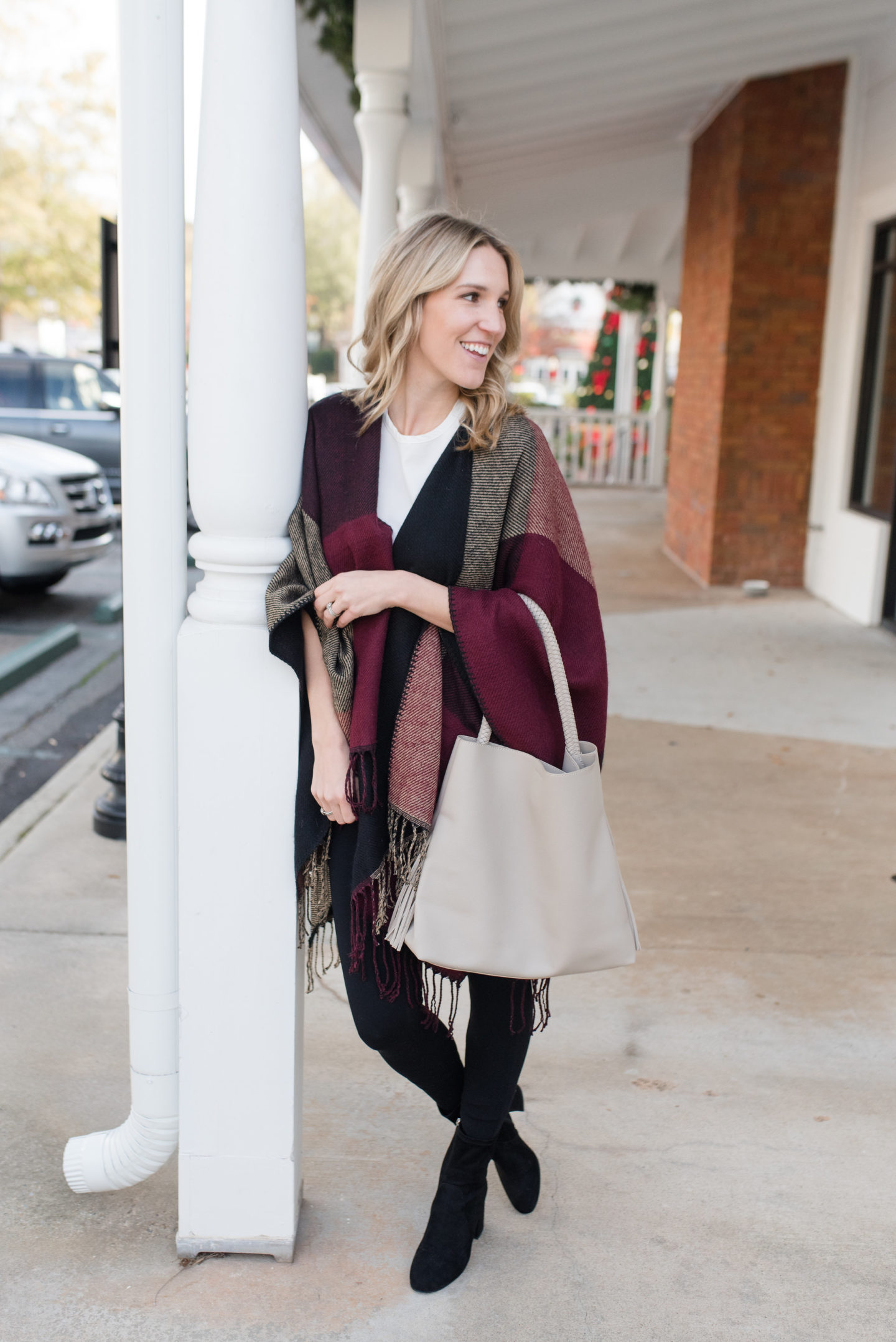 Mud Pie Phoenix Poncho / Turquoise and Teale